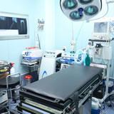 手術室(OPERATING ROOM)